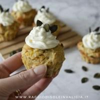 Muffin salati di zucca con frosting al formaggio