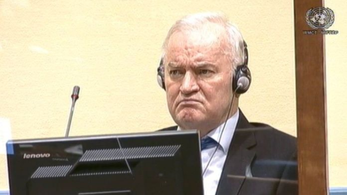 massacro-di-srebrenica,-confermato-l'ergastolo-per-l'ex-generale-ratko-mladic
