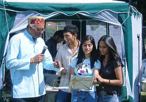 Rahi Bains can help you to sing like a professional with Karaoke music