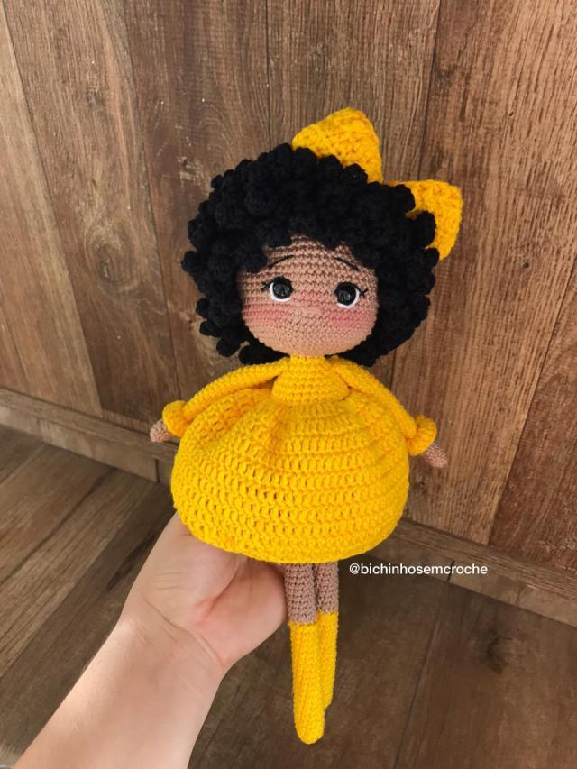 Boneca Sade Croche Amigurumi Brazil Front
