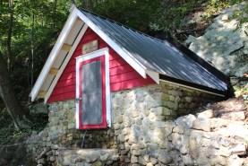Ballou's Spring House