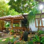 11-tropical-family-cottage-011