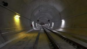 Egrose is nearing completion of a new electrified corridor between Athens and Thessaloniki.
