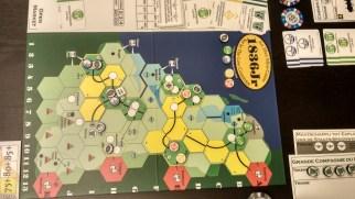 Na początku gry Etat posiadał niezły układ torów.