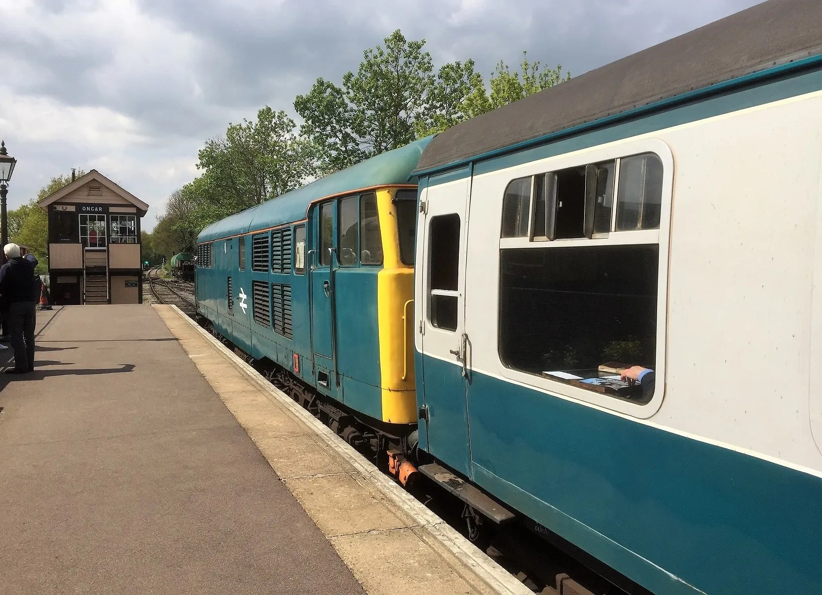 BB blue liveried Class 31 31438 and blue grey Mark 1 stock at Ongar