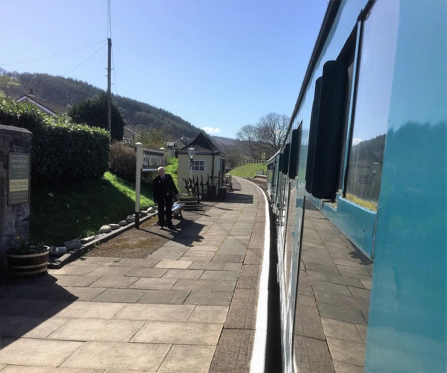 Leaving Glyndyfrdwy Station heading to Corwen on the Llangollen Railway