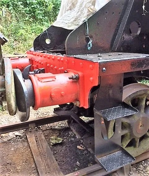 New steps and buffers on steam loco 80150