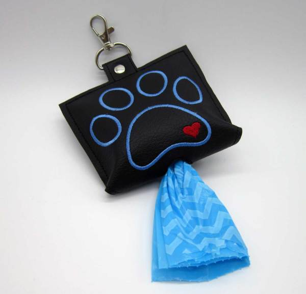 Poop Bag Dispenser In Black