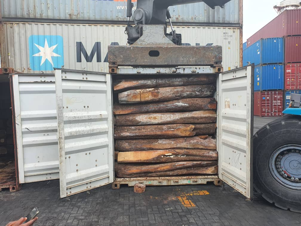 Rosewood trade continues as State official de-green Ghana in the face of Green Ghana - Dr. Apaak alleges. 58