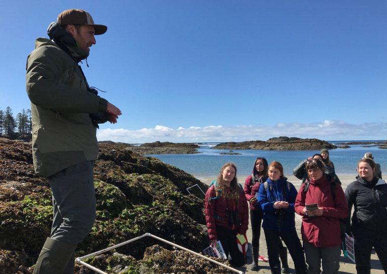 Nate Glickman teaching intertidal sampling