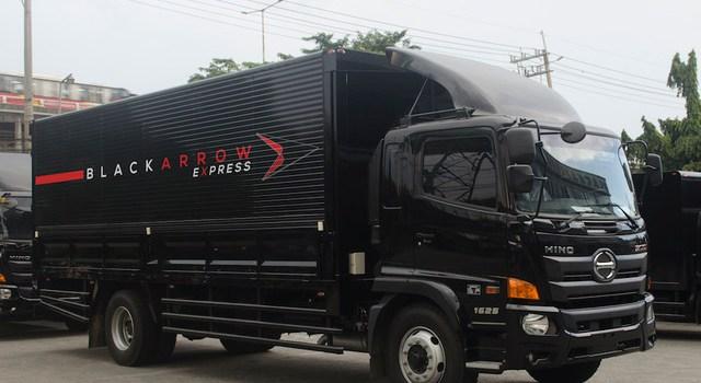 Black Arrow Express Launches a 72-Truck Strong Mega-LineHaul