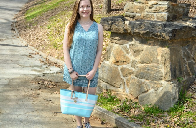 Floral Friday: Light Blue Shift Dress | Raine In The City