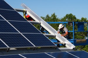 The Eugene Regional Accelerator helps businesses like Solar RainFrame succeed