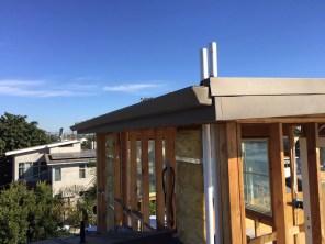 flatface gutter w_ metal roof