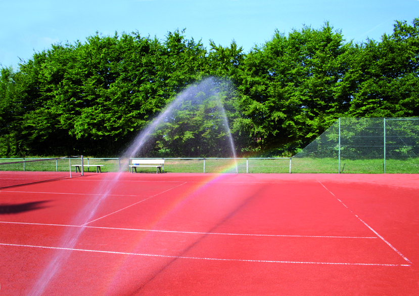 Tennis court rainwater cleaning