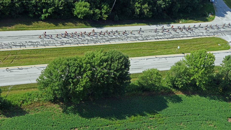 riders-aerial
