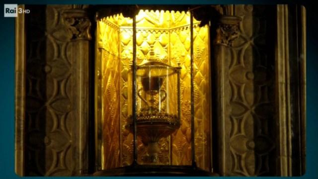 Risultati immagini per il santo graal rai