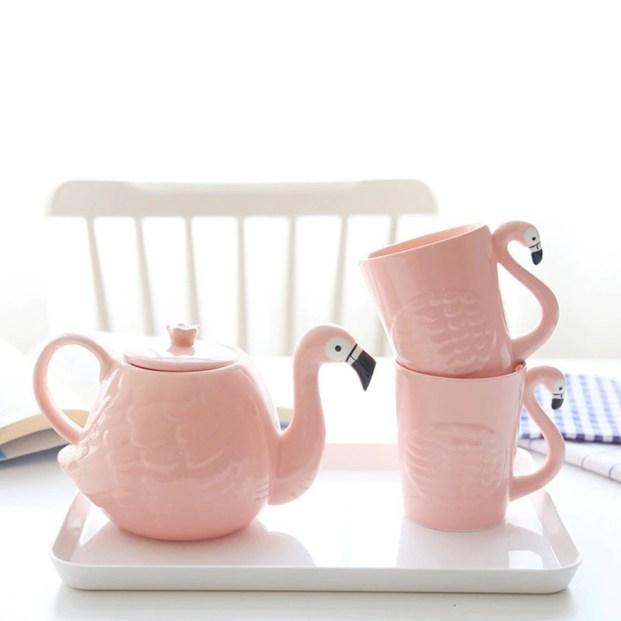 flamingo tea pot and cups, original gift for Mum