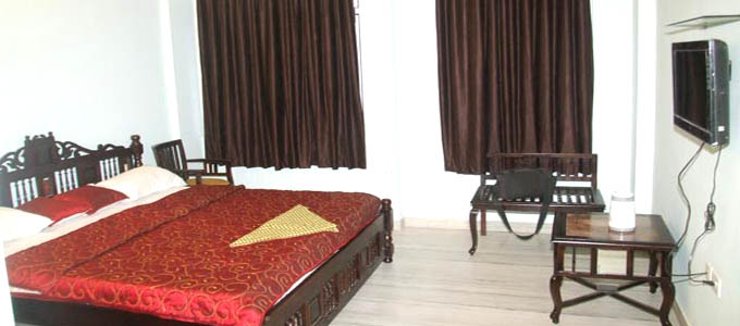 Chit Chat Palace Hotel in Jaipur Rooms Online Booking