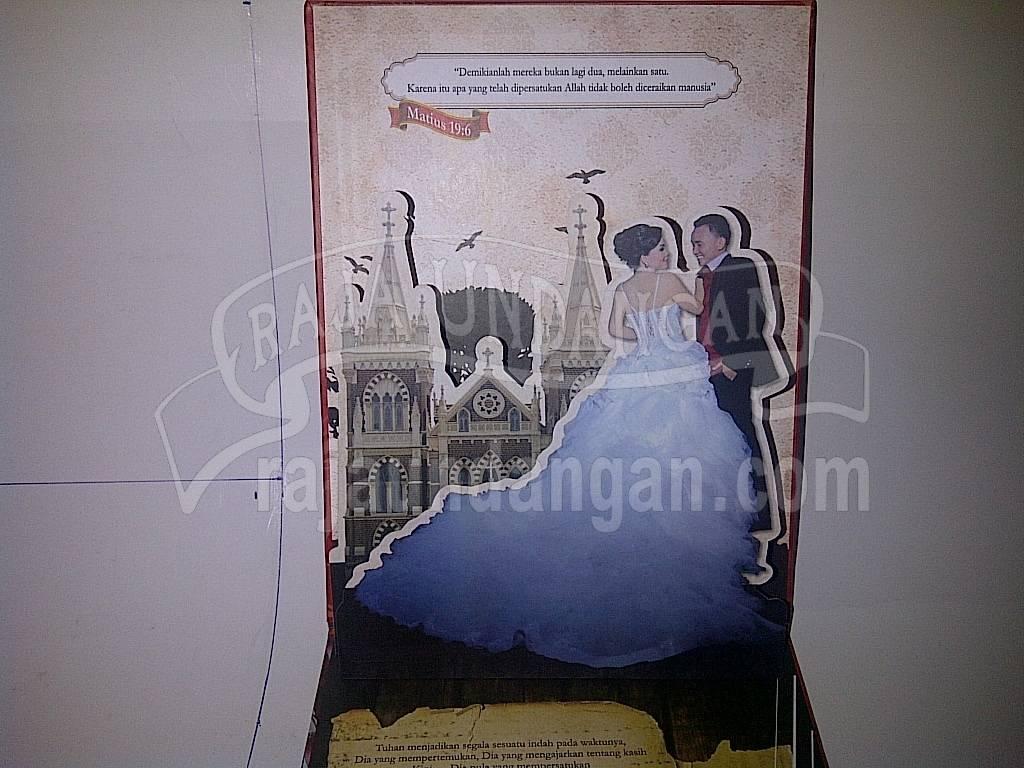 Undangan Pernikahan Hardcover Multifungsi Randy dan Nhienhie Pesanan dari Manado Sulawesi Utara