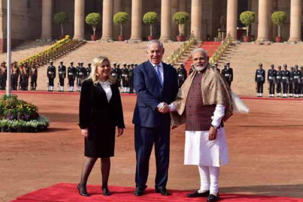 Narendra Modi with Israeli Prime Minister Benjamin