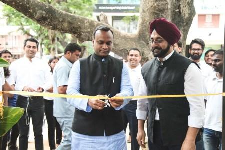 Priyank Kharge inaugurates Chai Point store