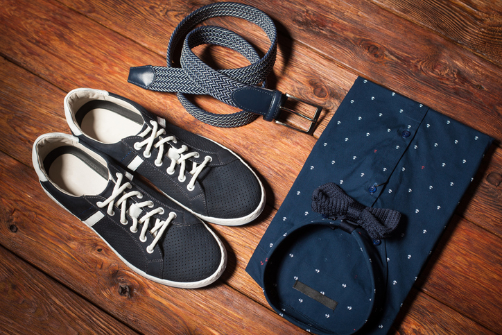 4 Sneaker Outfit Ideas All Guys Need to Try This Spring
