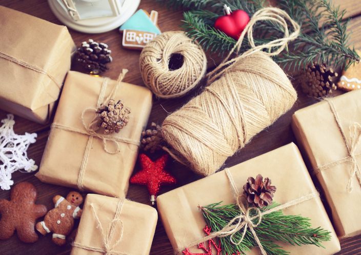 Save, Spend, Splurge: 2017 Holiday Gift Guide Edition