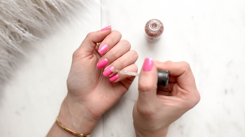 Here's How to Remove Gel Nails at Home With No Damage