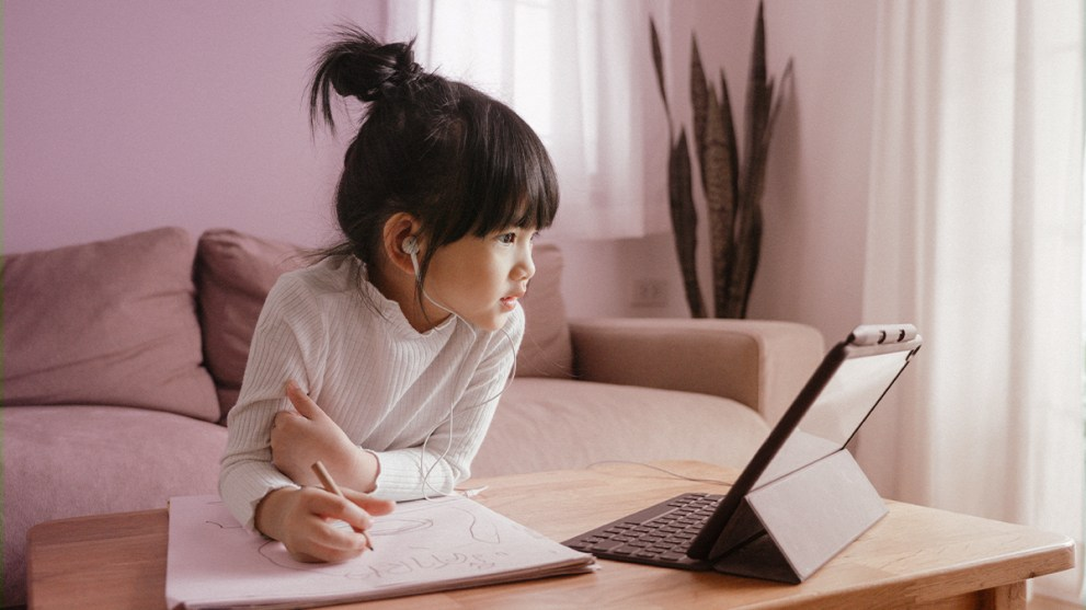 5 Ways Parents Can Prepare for Distance Learning