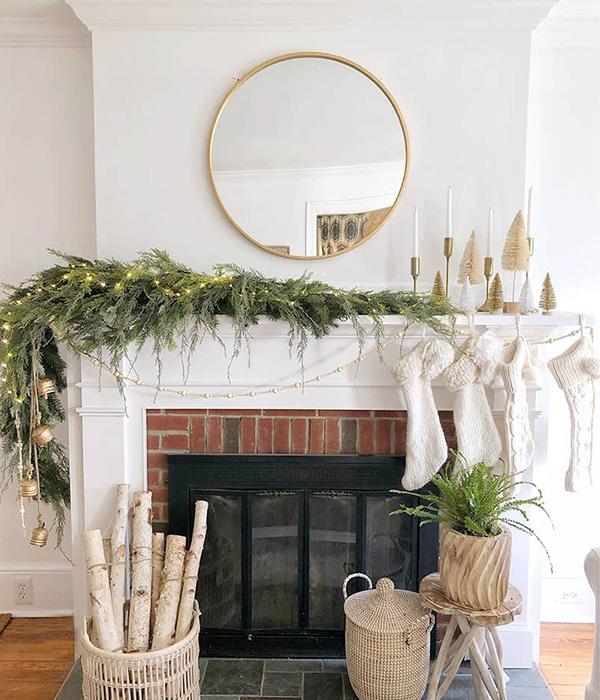 DIY Faux Asymmetrical Christmas Garland