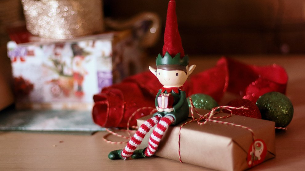 10 Fun & Creative Elf on the Shelf Ideas
