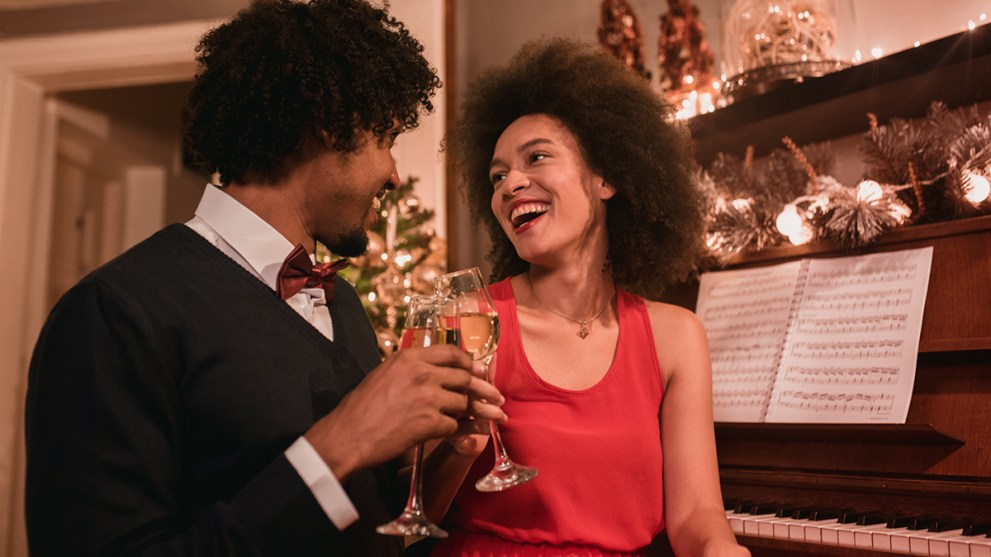 10 Ways to Celebrate New Year's Eve 2020 in Quarantine