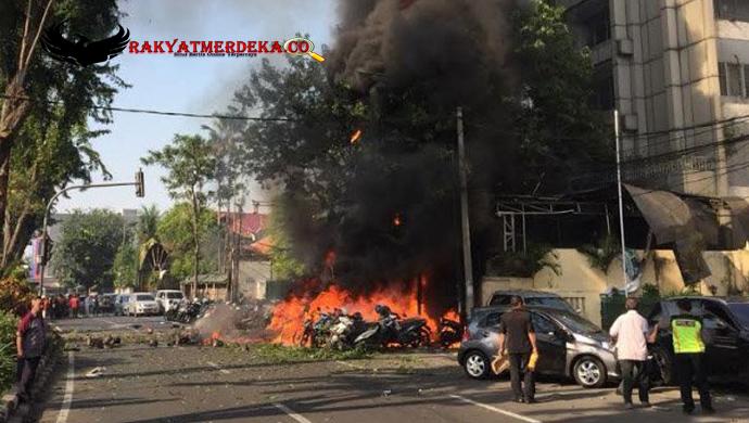 Aksi-Teroris,-Bom-Meledak-Di-Tiga-Gereja-Surabaya