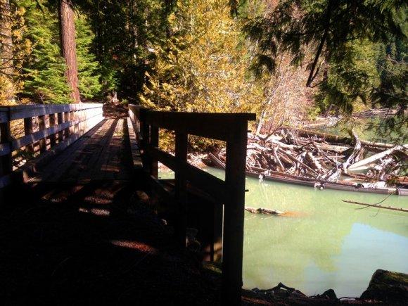 walking trail around lake no bikes