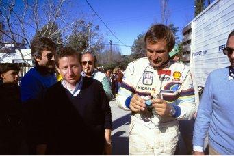 046 - WRC 1985. Argentine. Carlos Reutemann et Jean Todt. Ambiance