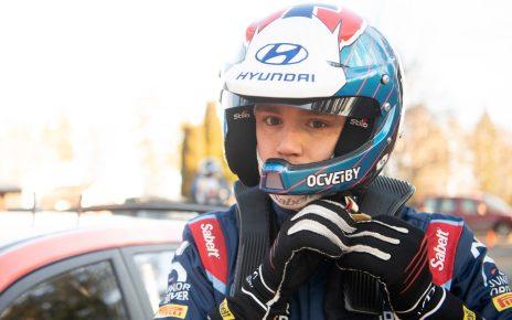 Ole Christian Veiby au départ de l'ACI Monza Rally dans une Hyundai I20 WRC by 2C Competition