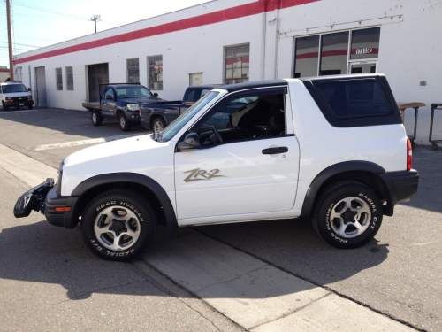 small resolution of 2 piece removable hardtop for chevy tracker 1999 2004