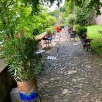 Sommerbar unter der Pfalz