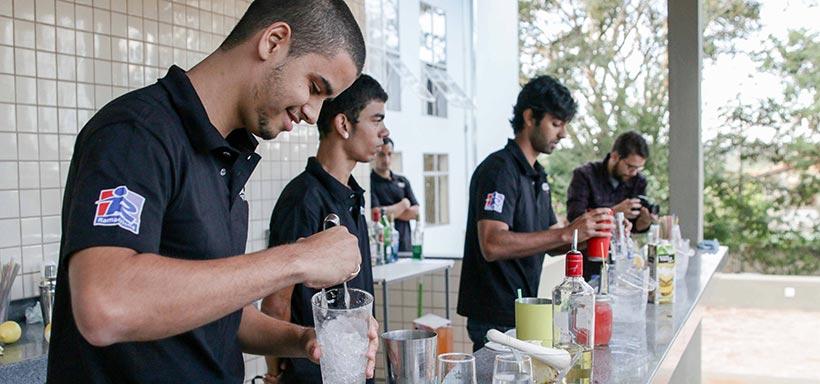 hamacrisna-curso-bartender-1