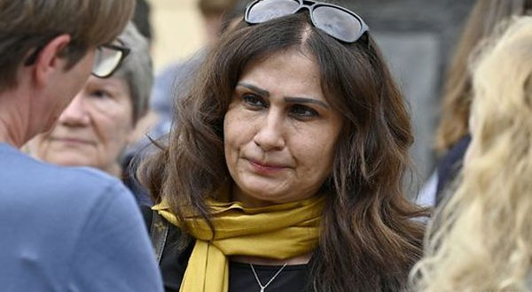 السفيرة الأفغانية فى فيينا تنفي طلبها اللجوء وتؤكد أنها تمثل الشعب الأفغاني