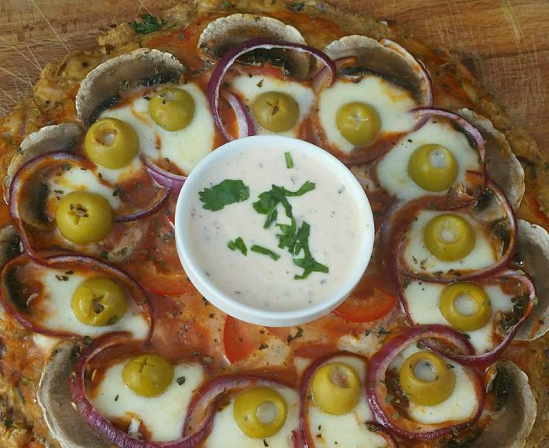 Koolhydraatarme pizza (bodem van kip)