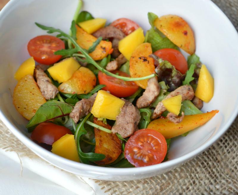 Biefstuksalade met mango