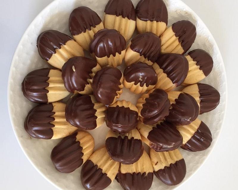 Vorkkoekjes met choco en caramel