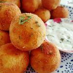 Aardappel-mozzarella cheeseballs