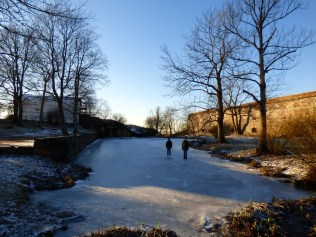 Walking on ice on Suomenlinna.