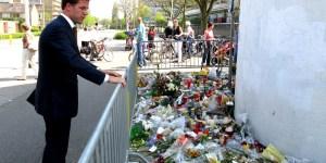 Bloemenzee voor winkelcentrum de Ridderhof door Minister-president Rutte (Shooting Alphen aan den Rijn April 9th 2011)