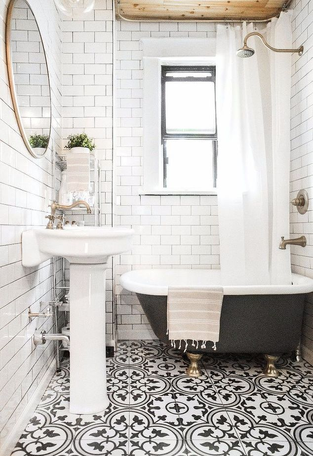 10 Spectacular Bathrooms With Encaustic Cement Tile
