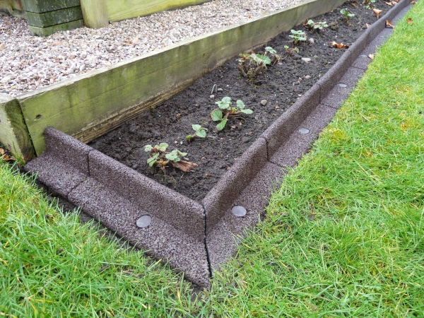 diy concrete landscape edging forms