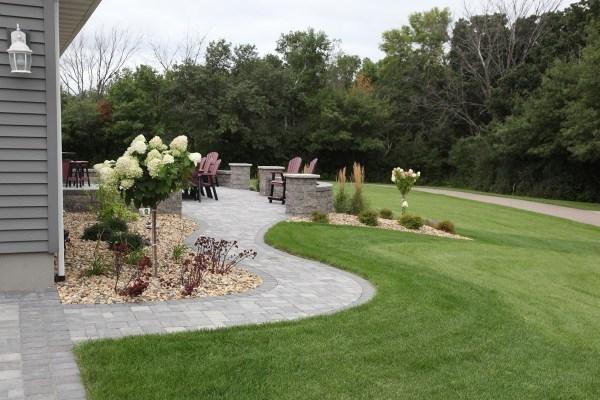 elegant front sidewalk landscaping